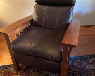 MISSION OAK RECLINER IN BROWN LEATHER