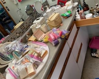 SOAPS AND DRESSER ACCESSORIES