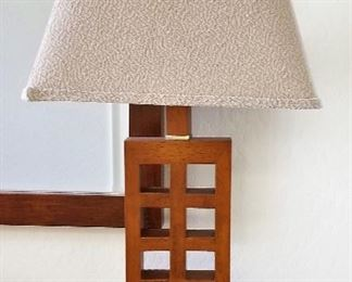 Craftsman style wooden lamp