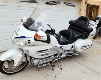 2005 Honda Goldwing VIN: 1HFSC474X5A405760 Plate:  MC374V Mileage: Notes: