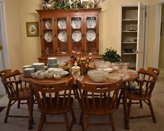 """Gorgeous Mid-Century Tell City Dining Room Suite featuring Table with 2 leaves, 6 Chairs, Combination China Hutch and Buffet. (Table has Tell City Tag under top and chairs are all marked with an engrained """"CP12""""."""