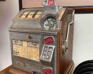 Pace Bantam 10 CentSlot Machine