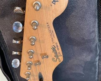 Fender, Squier, Stratocaster