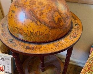 World Italian Globe Portable Bar