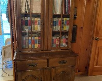 Cabinet and hutch