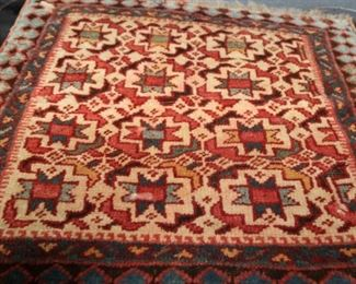 "VINTAGE SMALL NATIVE AMERICAN WOOL RUG  MEASURES 20"" X 18""."