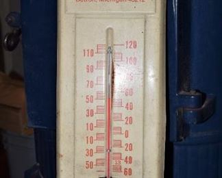 """Vintage thermometer advertising """"Satterlund Supply Company"""", Detroit, Michigan.  The thermometer still works."""