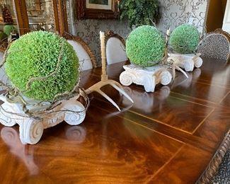 Architectural accessories & florals