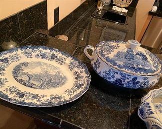 Palissy 1790 Avon Scenes Blue