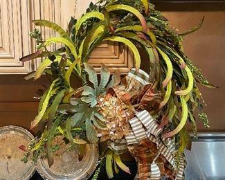 Custom wreaths & florals