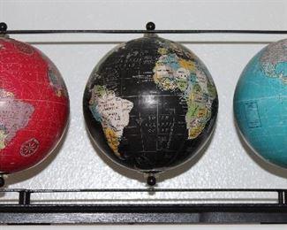 Aman World Globe Desk Dishplay