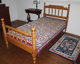 """Willett Furniture Lancaster PA Amish Made Hand Crafted  Solid Maple Twin Spool Bed (1 of 2) shown with  Patchwork Quilt (63"""" x 76"""")"""