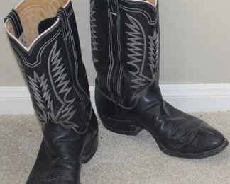 ML Leddy Vintage 1970's Custom Made Black Leather with White Stitching