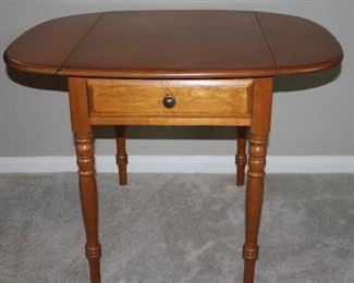 """Roger Conant Ball Gurniture:  Solid Maple Oval Drop Side Occasional/Side Table with Drawer on Turned Legs (19""""W closed/33.5"""" open x 26""""D x 23.5""""H)"""