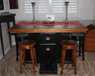Counter Height Pub Pedestal Table Center Drawer Storage and Wine Storage with 4 Stools