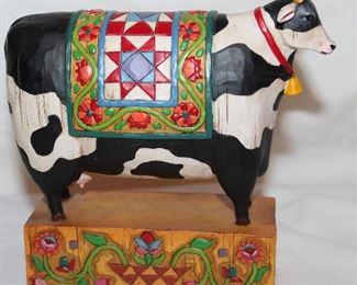 "Heartwood Creek Jim Shore #117143 (A Grand Tradition"" 2003 Holstein Cow Figurine (6 1/8:H x 6 1/2""W)"