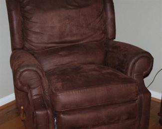Bassett John Elway Chocolate Brown Leatherette Recliner