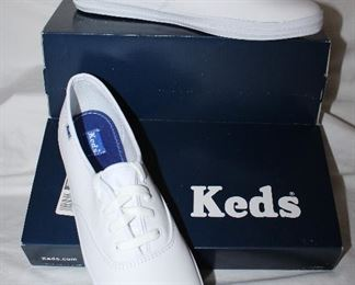 Keds white sneakers woman's size 9