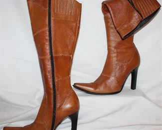 Wild Orchard boots woman's size 7.5
