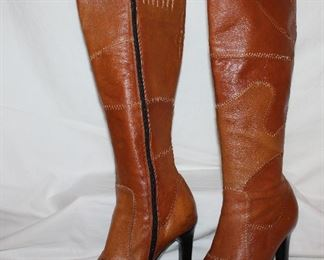 Wild Orchid boots woman's size 7.5
