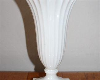 """Lenox Ivory Porcelain 9"""" Fluted Trumpet Vase"""