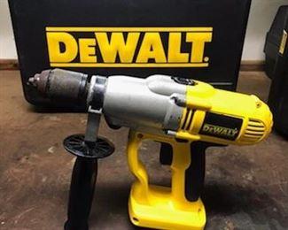 "DeWalt  Cordless 1/2 "" drill /hammer drill  DW006  model"