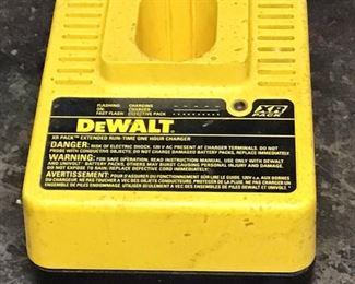 DeWalt Battery Charger XR pack. Extended run -time one hour charger. Model DW9106