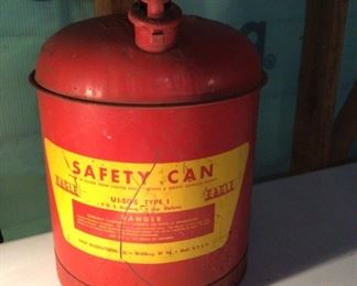 Eagle manufacturing vintage safety can. 24 gauge terse coated steel.  UI-50-s type 1