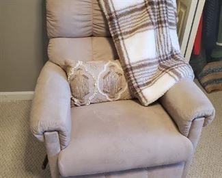 Comfy Beige Recliner,  accent pillow or throw