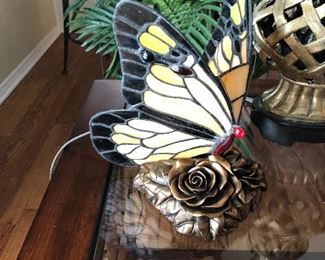 Quoizel butterfly lamp
