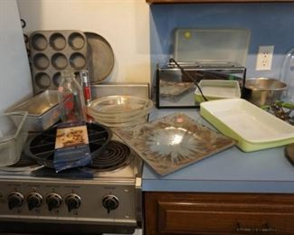 Pyrex and bakeware
