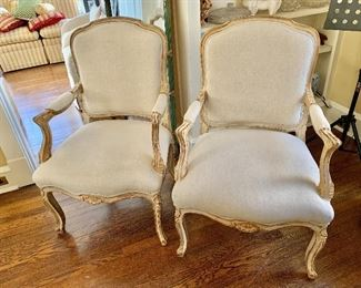 """$700 - Pair of vintage French Provincial Louis XV style arm chairs - linen upholstery - 39"""" H, 25"""" W, 23"""" D (seat at 17"""" H)"""