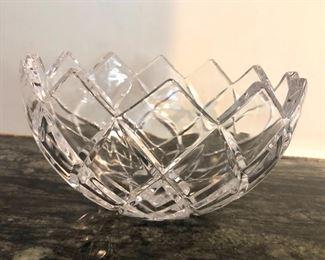 """$20 - Round crystal bowl. 4.5"""" H, 8"""" diam."""