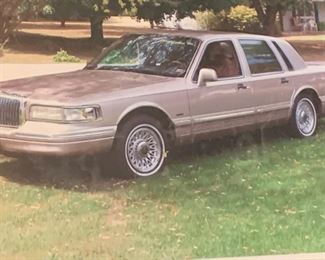 1996 Lincoln town car, excellent condition
