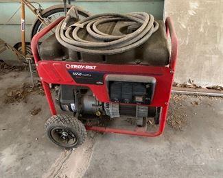 Troy Bilt 5500 W generator