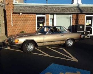 1980  Gold  450SL Runs Great, No accidents. Brand New soft top  143K  $12550. Original Hard top included ,     pre sale available item.