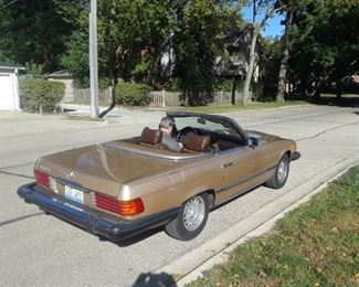 1980  Gold  450SL Runs Great, No accidents. Brand New soft top  143K  $12550. Original Hard top included, pre sale available item.