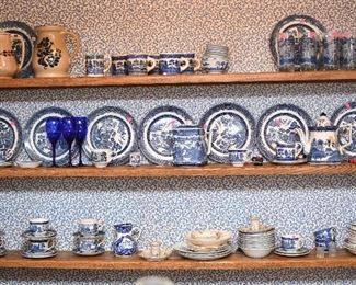 tons of Blue Willow dishes