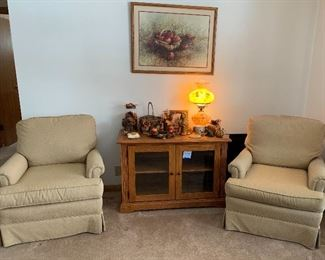 Matching chairs - )TV cabinet is not for sale)