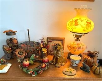 Vtg. Hurrican lamp and great fall décor.