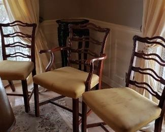 4 side & 2 arm chairs