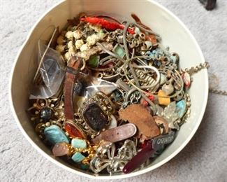 Lots of Jewerly...