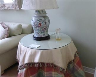 """28"""" Round pair of Custom Accent Tables"""