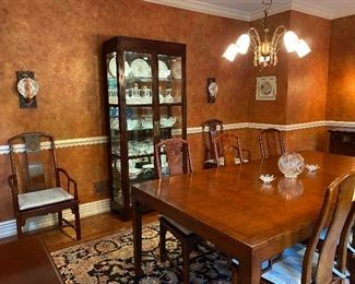 Baker dining table (68L x 46W x 29.5H) has two 24W leaves with 6 Henredon side chairs & 2 armchairs China cabinet (36W x 16D x 81H) with glass shelves & lights
