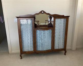 Antique oak 3 door cabinet (60W x 57H x 14D)