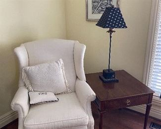 White wingback chair (29Wx25Hx27D)  and  Baker Furniture side table (24Wx26Dx24H) Skinny lamp