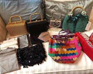 ladies' handbags & evening bags