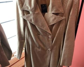 Carmen Marc Valvo dress coat
