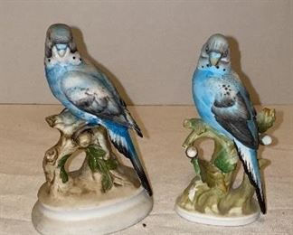 Porcelain bird collection many pieces are Lefton