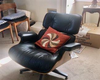 Vintage Herman Miller lounge chair & ottoman